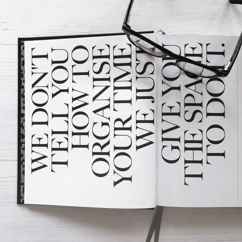 original_undated-week-to-view-planner-pencil-gift-set (1)
