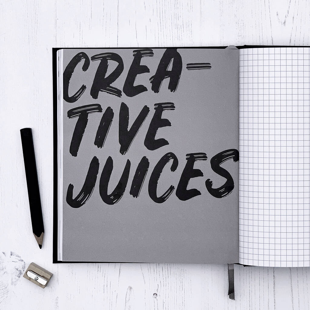original_undated-week-to-view-planner-pencil-gift-set (6)