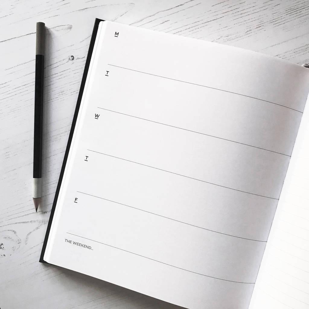original_undated-week-to-view-planner-pencil-gift-set (7)