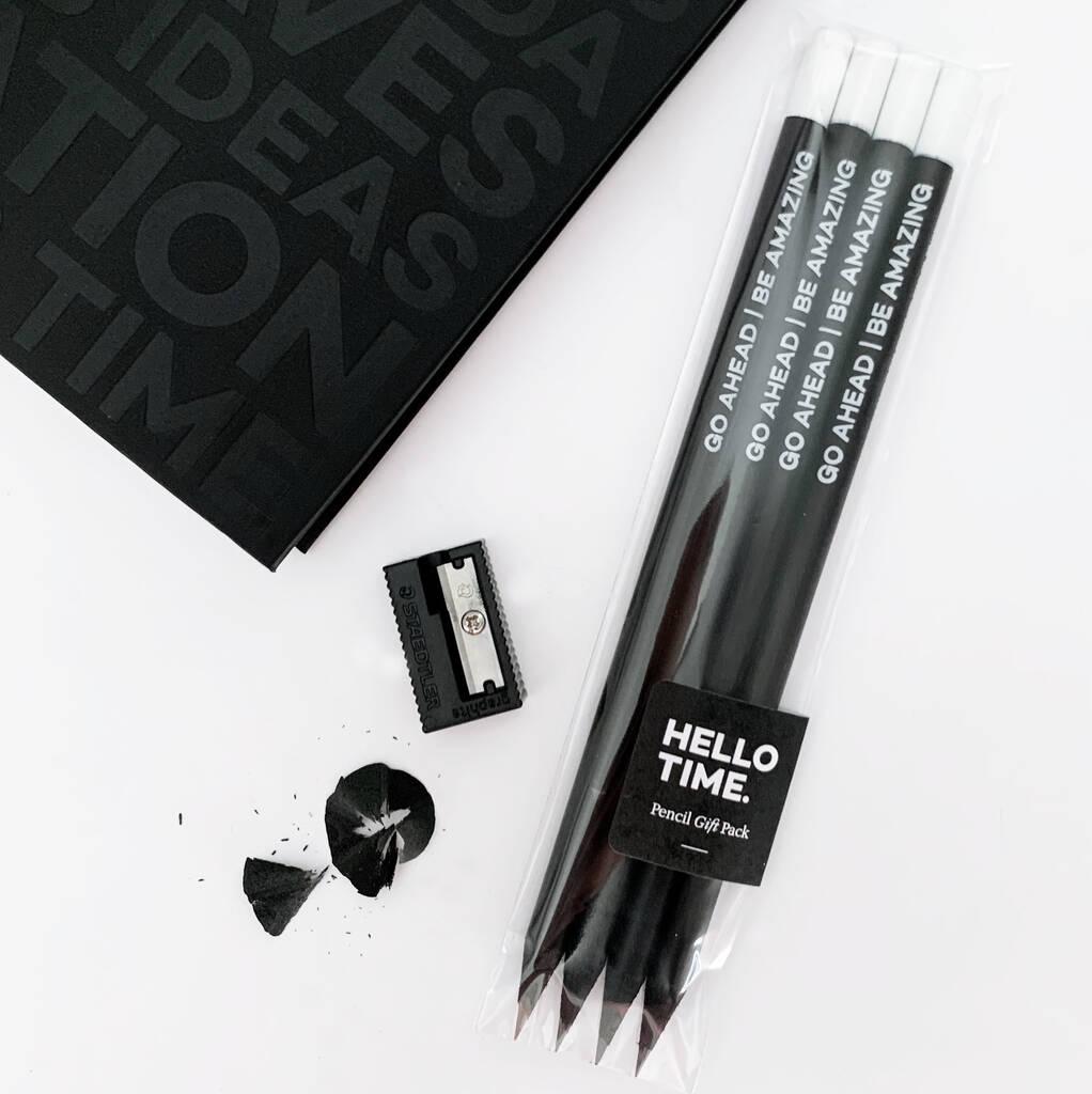 original_undated-week-to-view-planner-pencil-gift-set (9)
