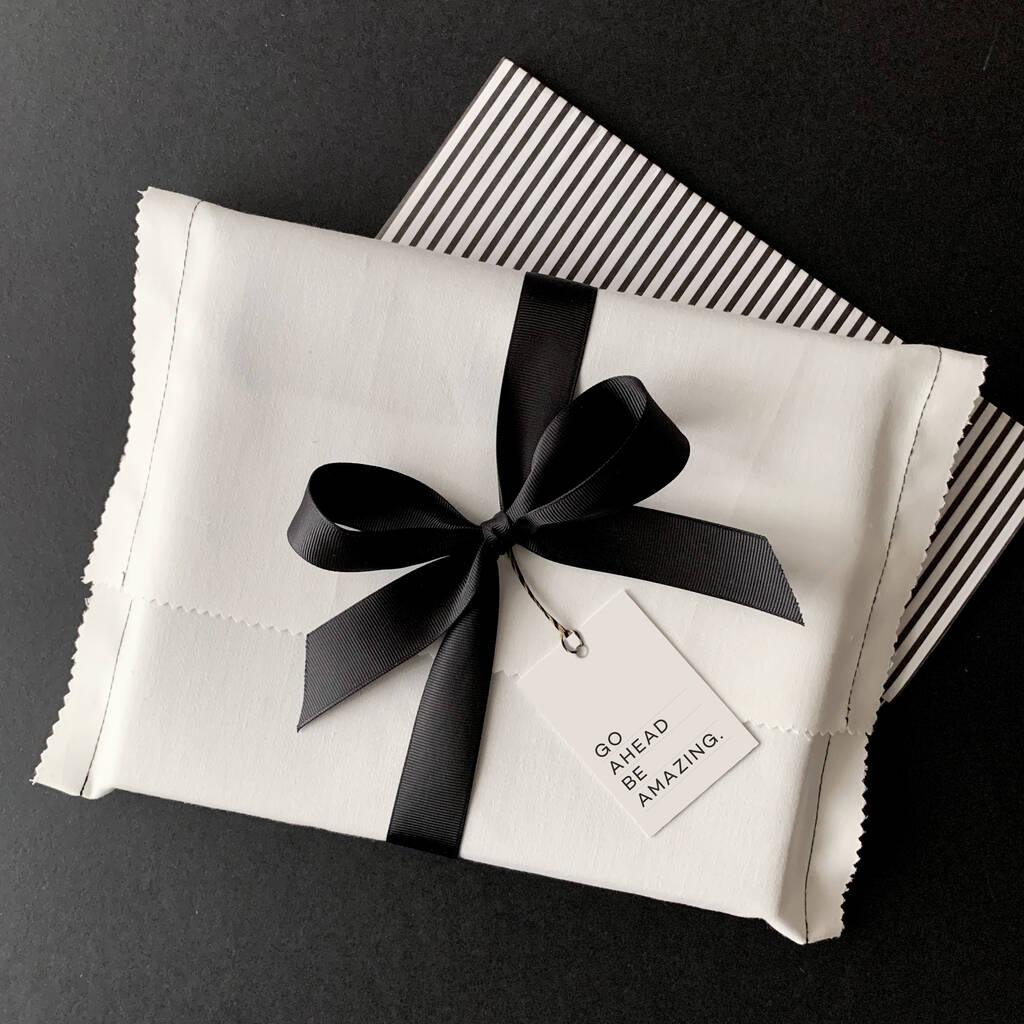 original_cloth-gift-bag-and-christmas-tag (1)