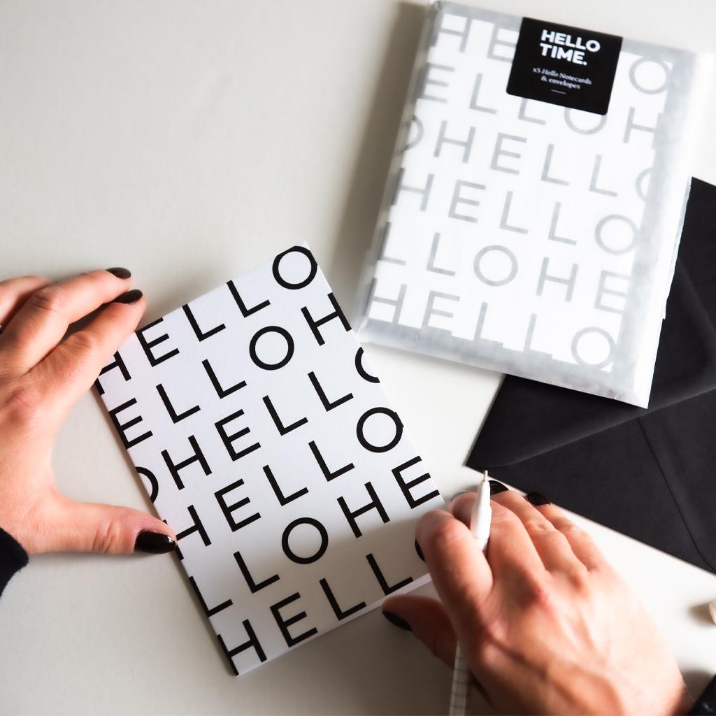 Notecards_Hands_1024